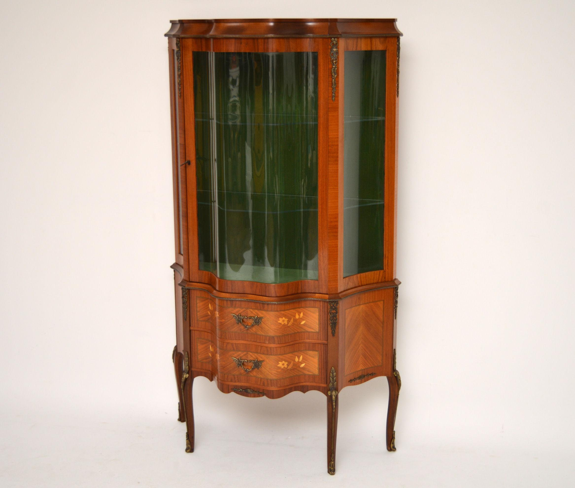antike schwedische massisvholz palisander vitrine vitrinen englische antiquit ten m bel. Black Bedroom Furniture Sets. Home Design Ideas