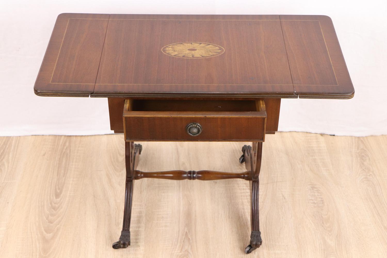 Pembroke-Table_Definition_02