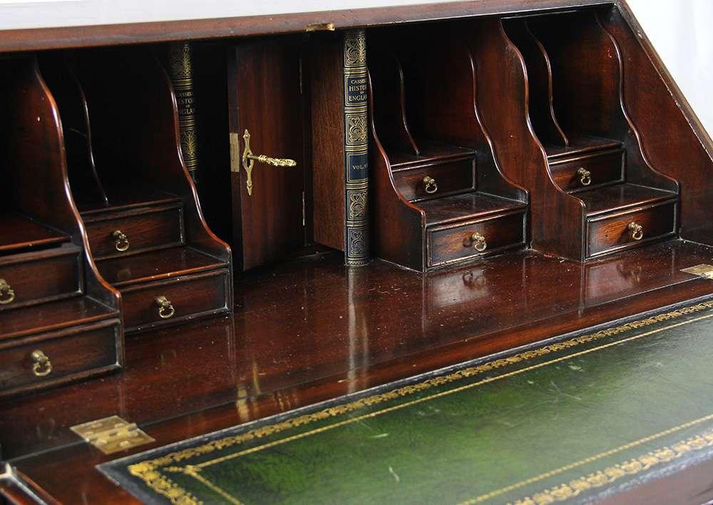 Antiker Massiver Mahagoni Sekretar Original Sekretare Englische Antiquitaten Mobel Chesterfieldmobel Shop